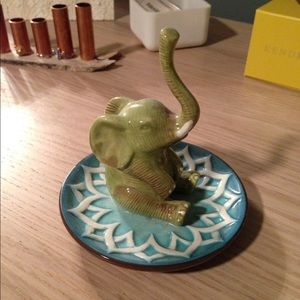Pier 1 Other   Cute Elephant Ring Holder
